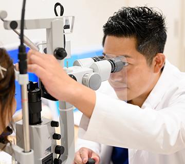 日本眼科学会認定眼科専門医による診察・手術